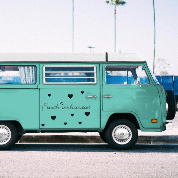 Frischverheiratet_Einzeiler_Autoaufkleber_VW_Bulli